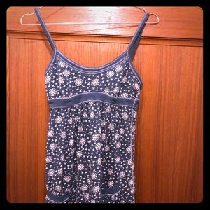 Hollister tank top with cute little pockets